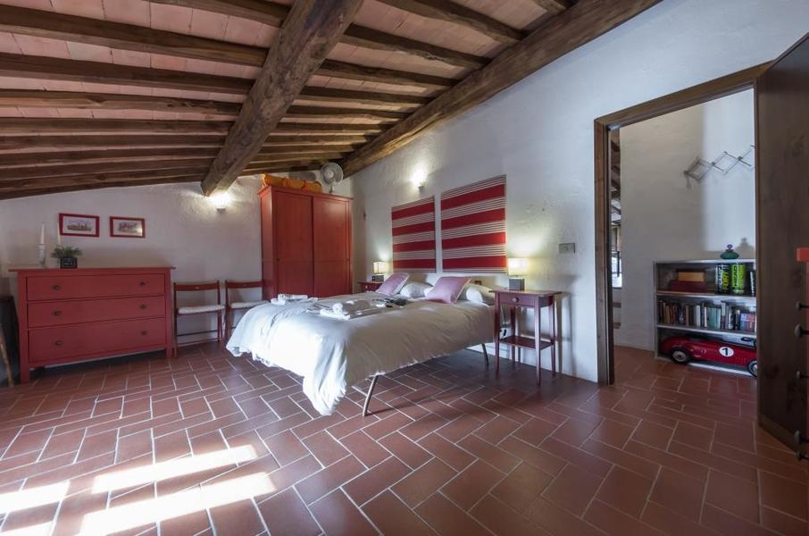 24 - Apartments in hamlets CASTELLINA IN CHIANTI (SI) GRANAIO