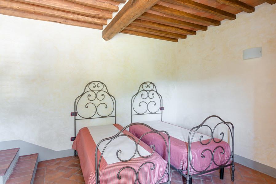 25-luciano cortigiani-8 - Country houses GAIOLE IN CHIANTI (SI) RIETINE