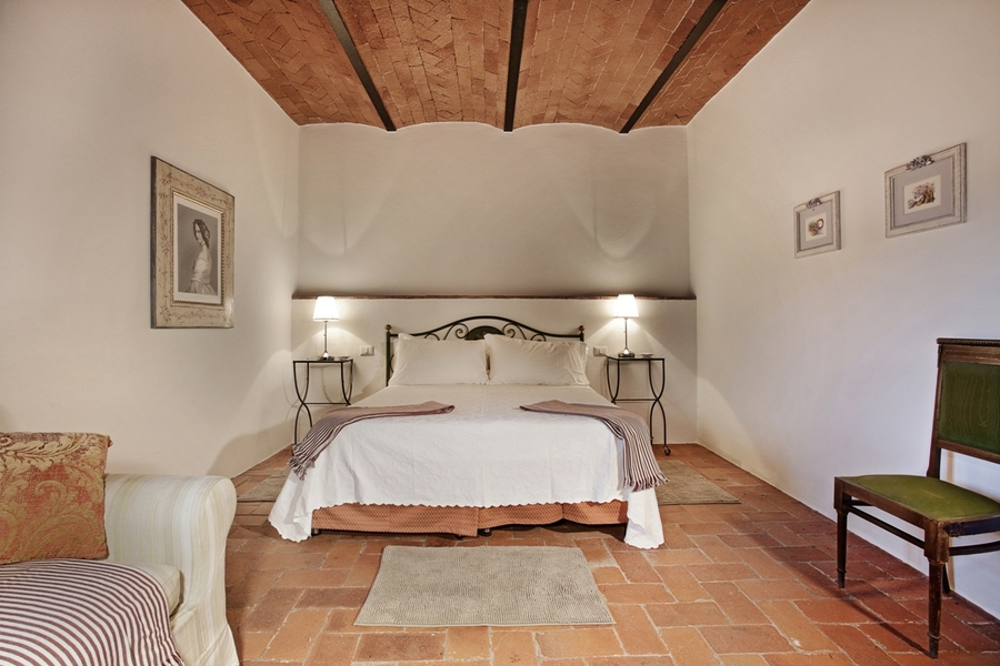 24a - Country houses GAIOLE IN CHIANTI (SI) RIETINE