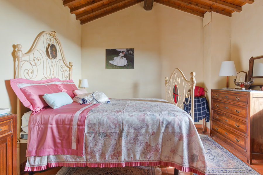 12 - Country houses RADDA IN CHIANTI (SI)