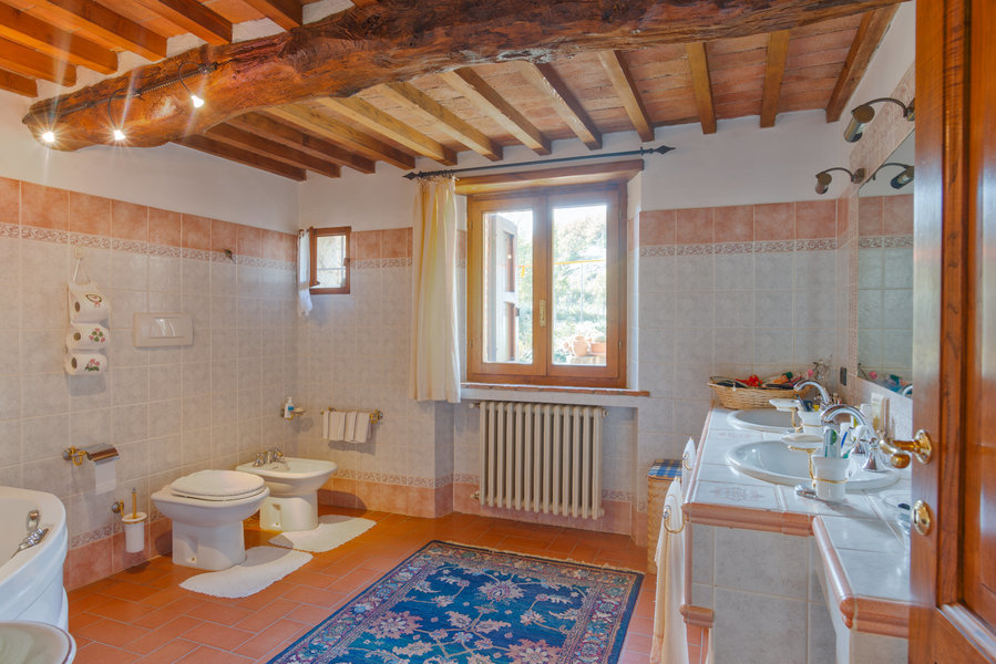 14 - Country houses RADDA IN CHIANTI (SI)
