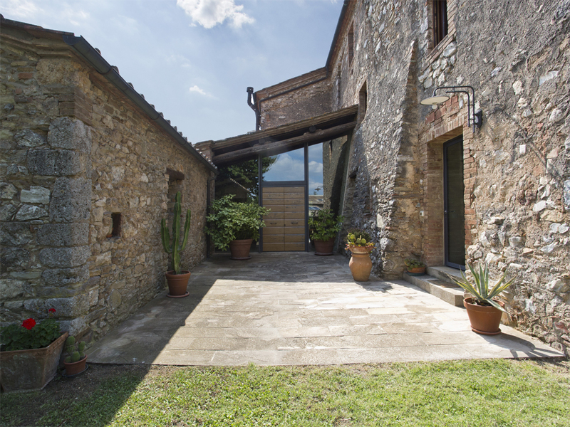 08 - Country houses SOVICILLE (SI)