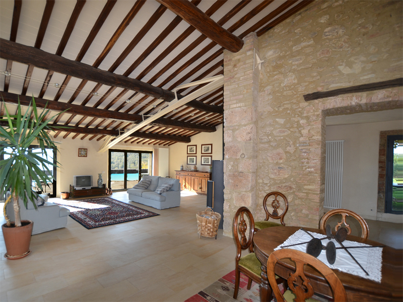 21 - Country houses SOVICILLE (SI)