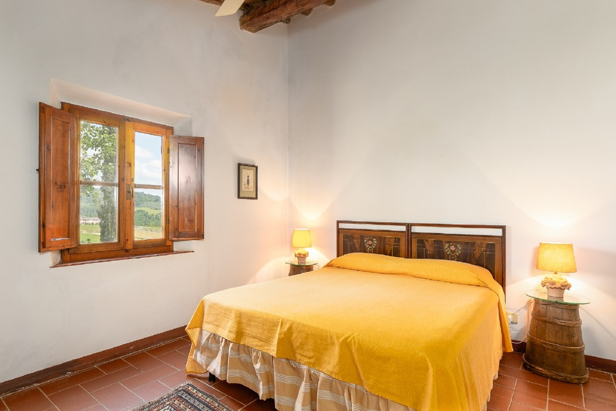 23 - Country houses CERTALDO (FI)