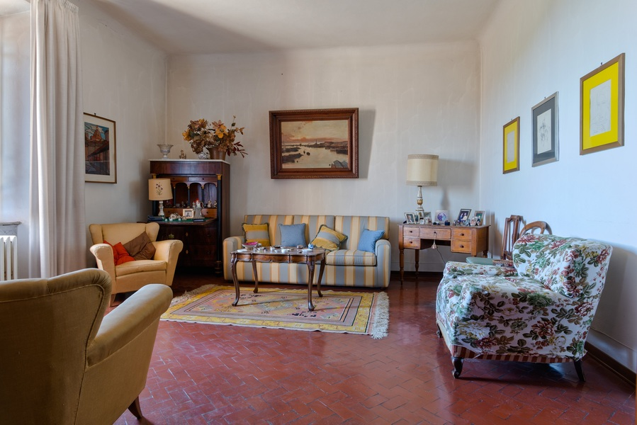 04 - Apartments in villages CASTELLINA IN CHIANTI (SI)