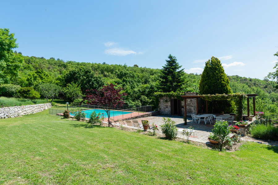 11 - Country houses CASTELLINA IN CHIANTI (SI) MASSETO