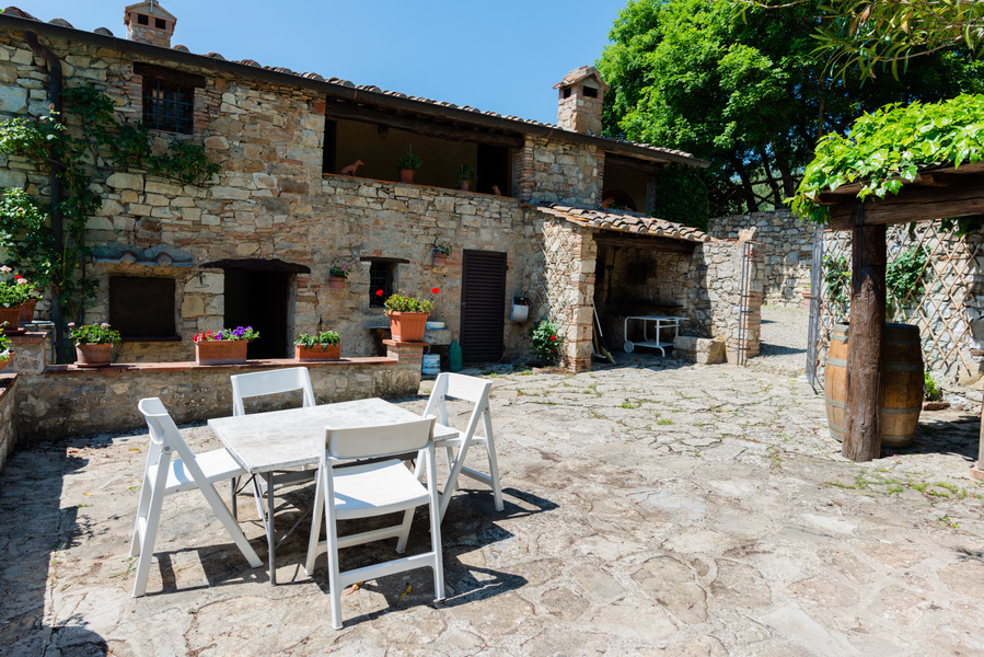 18 - Country houses CASTELLINA IN CHIANTI (SI) MASSETO
