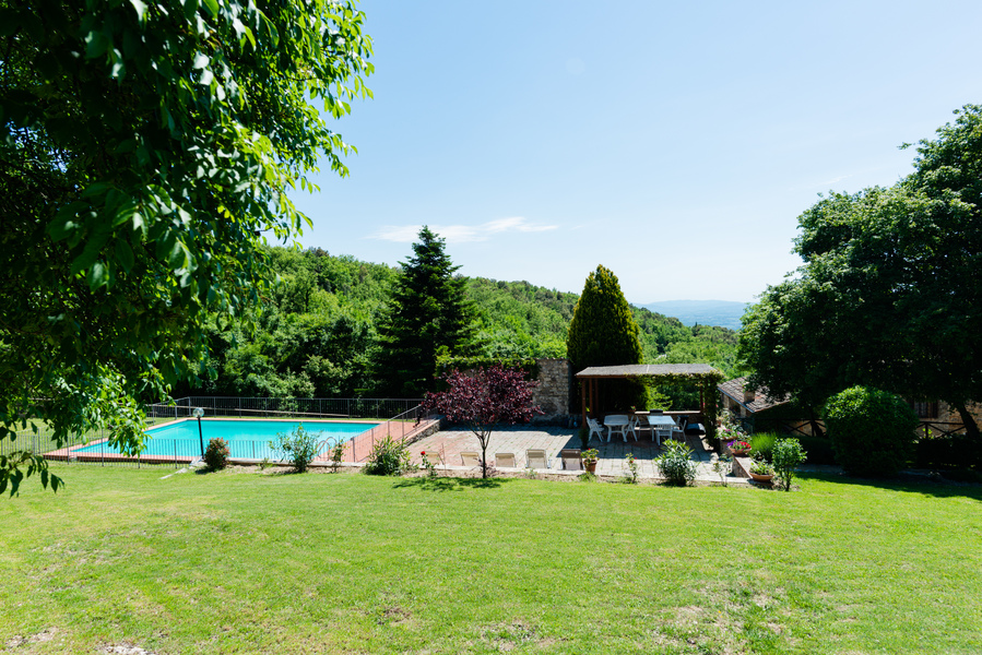 15 - Country houses CASTELLINA IN CHIANTI (SI) MASSETO