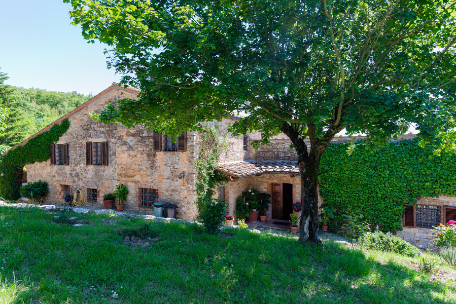 06 - Country houses CASTELLINA IN CHIANTI (SI) MASSETO