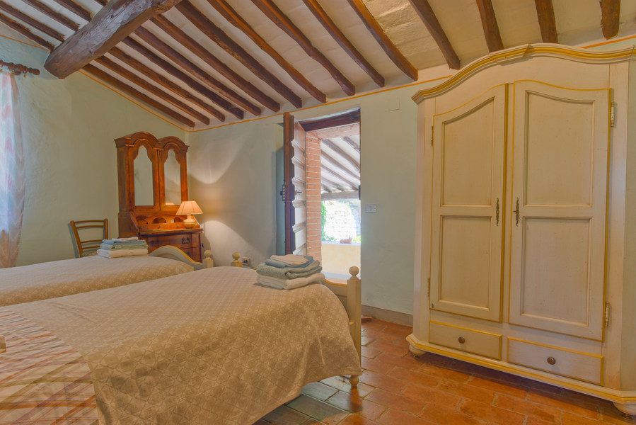 28 - Country houses CASTELLINA IN CHIANTI (SI) MASSETO