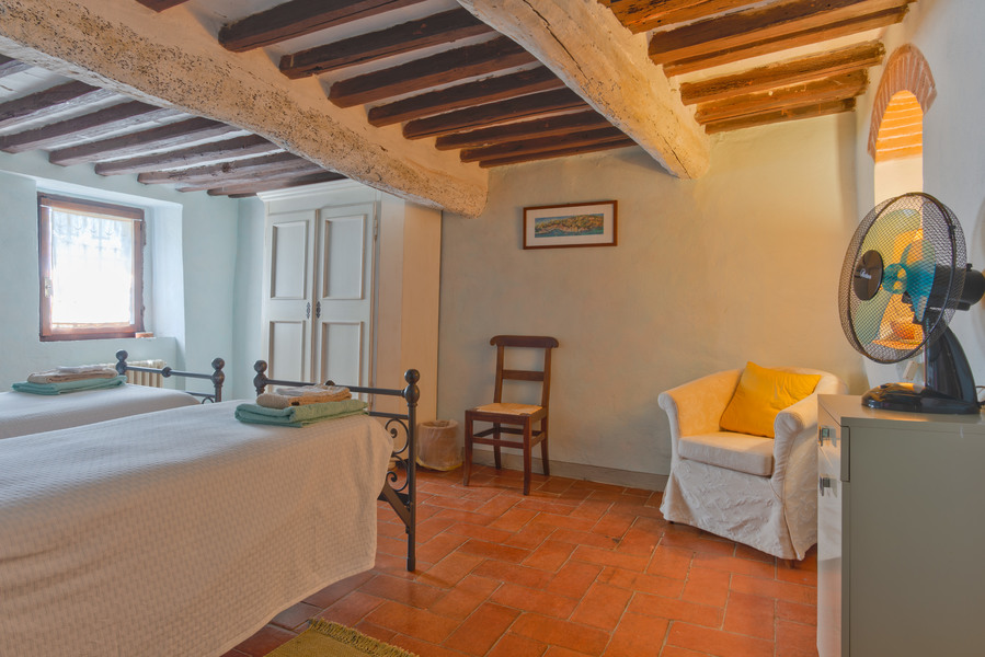 30 - Country houses CASTELLINA IN CHIANTI (SI) MASSETO