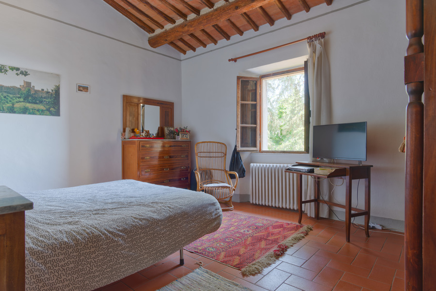 24 - Apartments in villages CASTELLINA IN CHIANTI (SI)