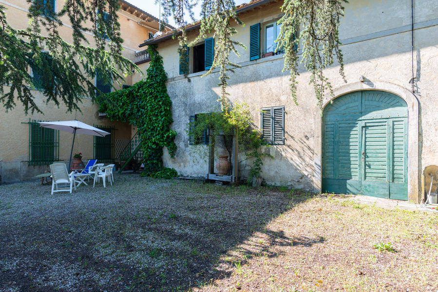 01 - Apartments in villages CASTELLINA IN CHIANTI (SI)