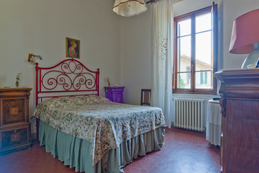 26 - Apartments in villages CASTELLINA IN CHIANTI (SI)