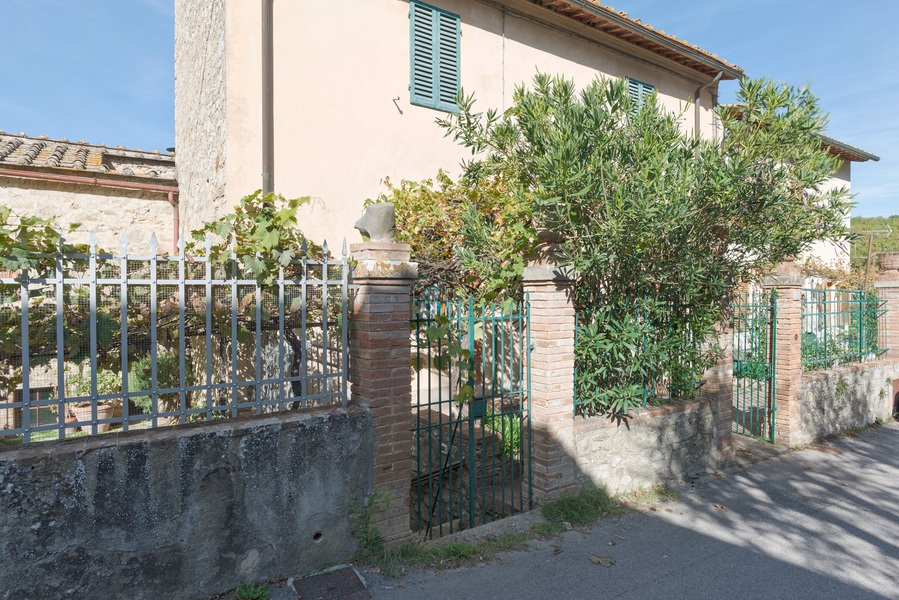 09 - Apartments in hamlets CASTELLINA IN CHIANTI (SI) FONTERUTOLI
