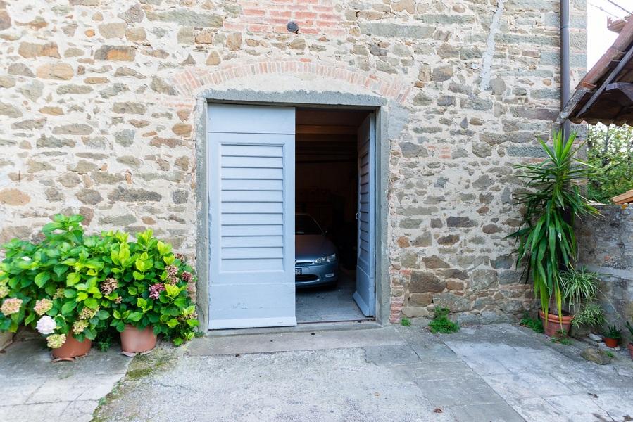 12 - APPARTAMENTI IN BORGHI GREVE IN CHIANTI (FI) LAMOLE