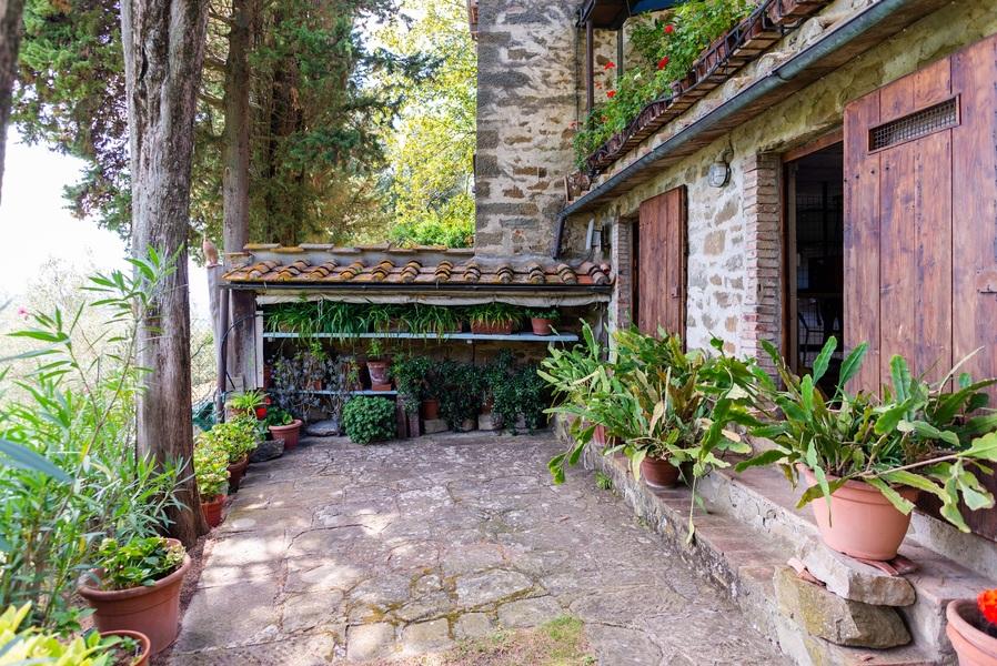 14 - APPARTAMENTI IN BORGHI GREVE IN CHIANTI (FI) LAMOLE