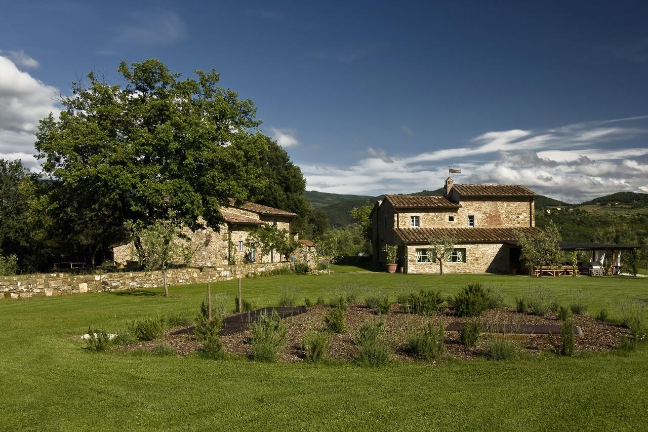 Casa in toscana real estate agency in tuscany casa in for Case di campagna progettano l australia