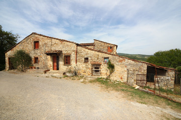 Properties for development RADDA IN CHIANTI (SI) LUCARELLI